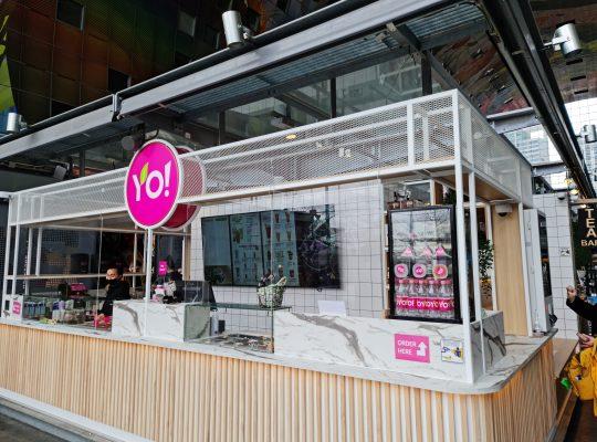 Project Yoyo Fresh Tea Bar, Digital Signage, BENQ, Menu, Borden, Herkenbaarheid